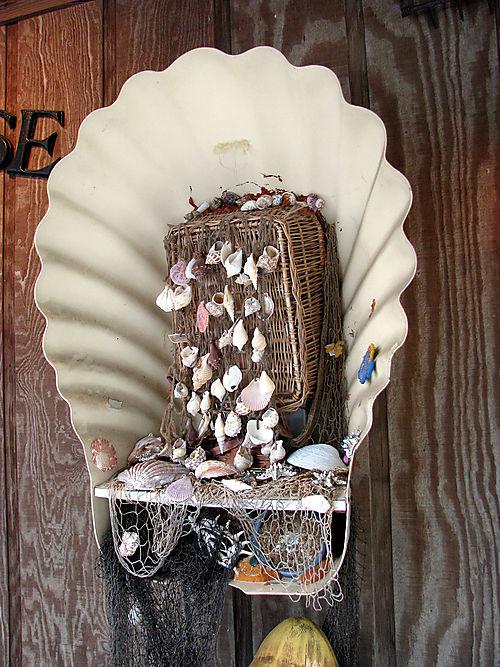 Horn Harbor shell phone
