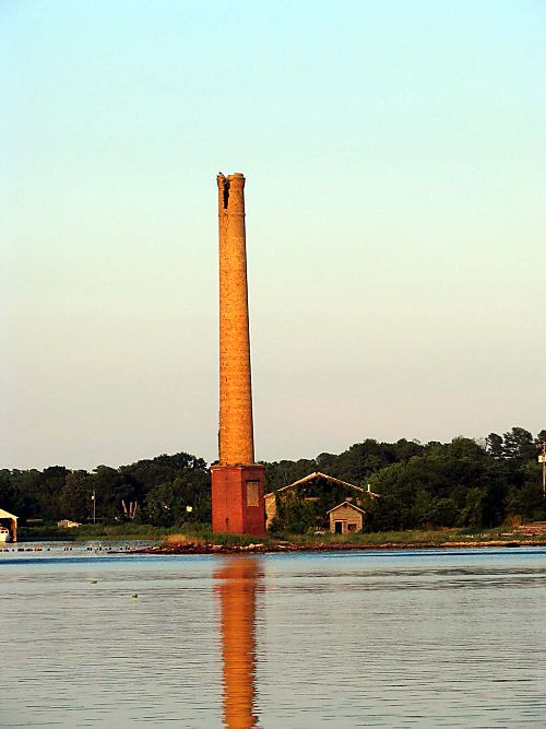 River 2 smokestack