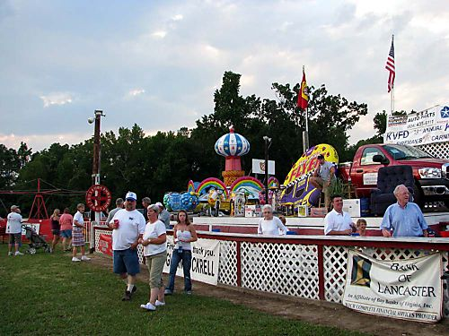 Carnival dime booth