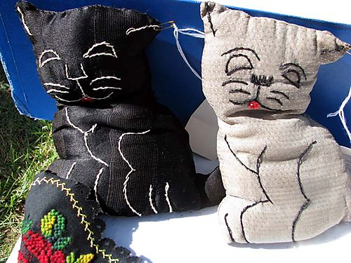 Quilt Show stuffed dogs