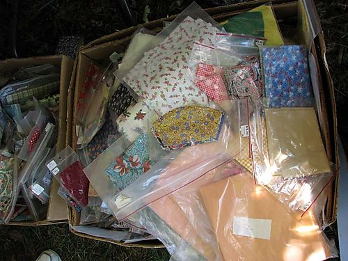Quilt SHow one dollar bags