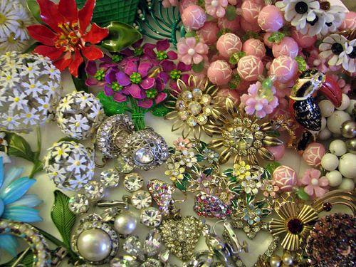 Admastown loot jewelry