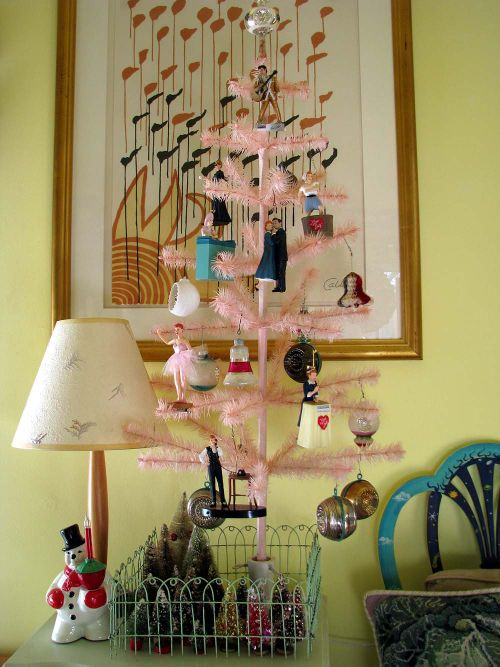 LR Lucy Tree