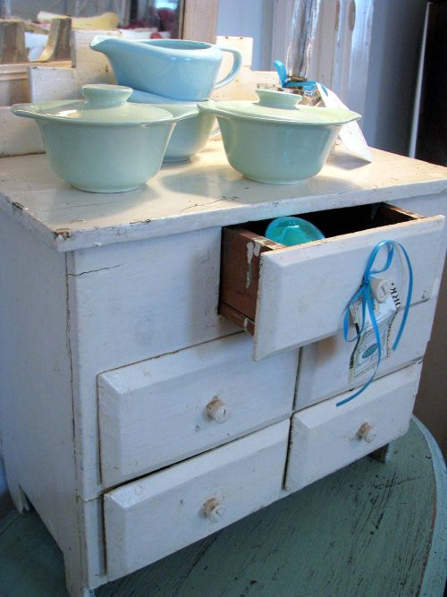 Lburg Cottage drawers