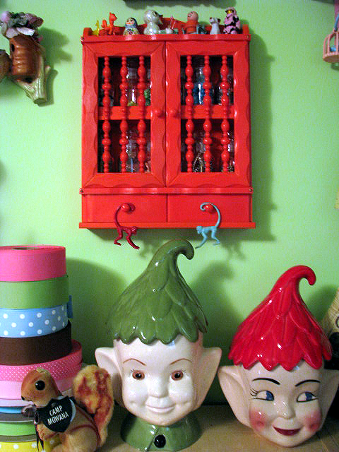 Studio elf jars