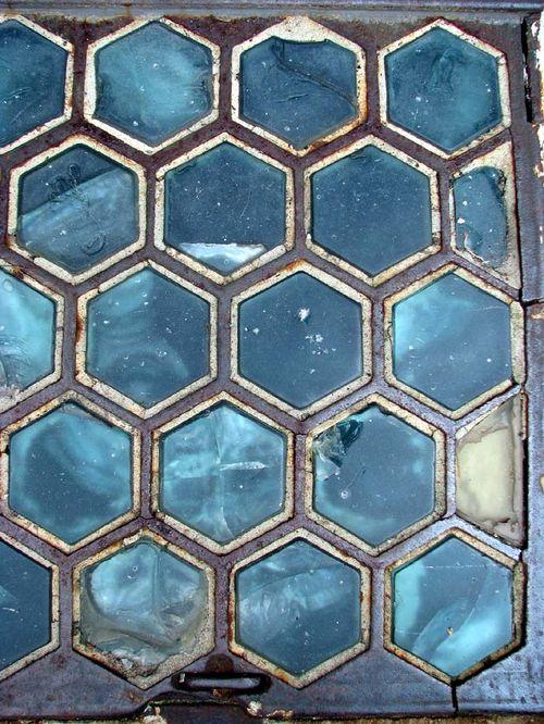 Alex sidewalk glass