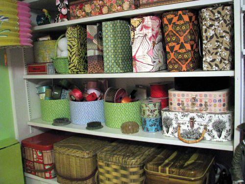 Shelves detail