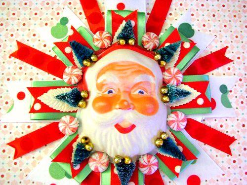 Plastic Santa Corsage Hanging 2