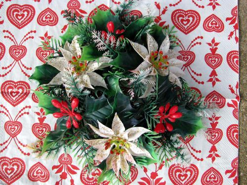Thrift Xmas plastic poinsettias