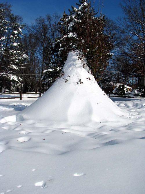 12-20 Snow pyramid