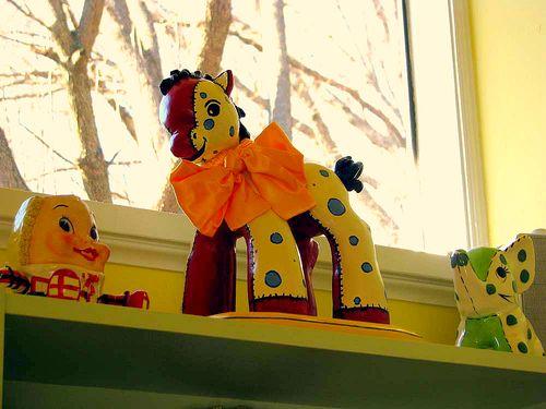 Horse on shelf close up