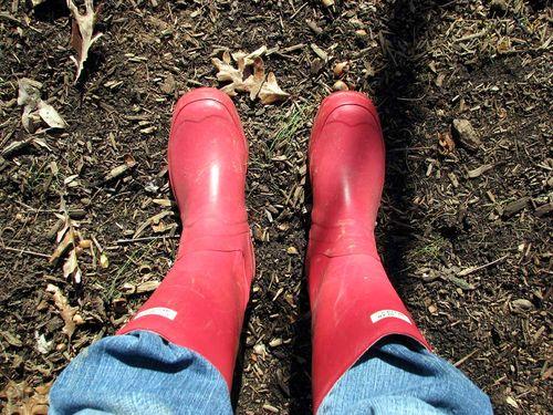 Winter yard boots