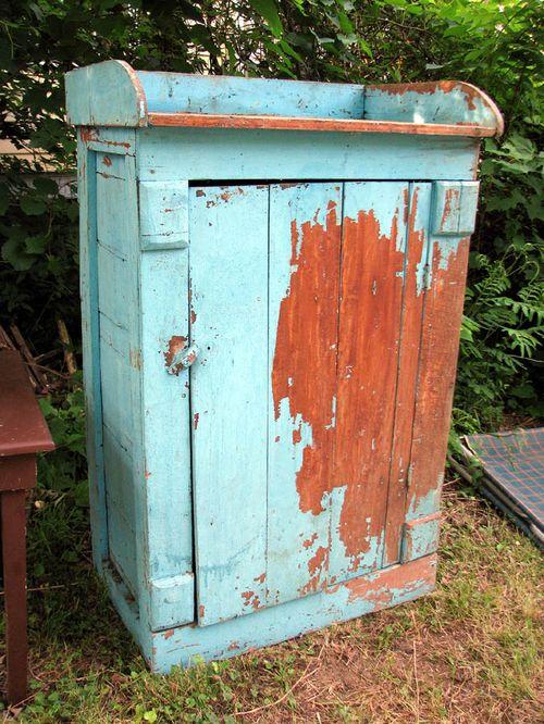 FC house blue box