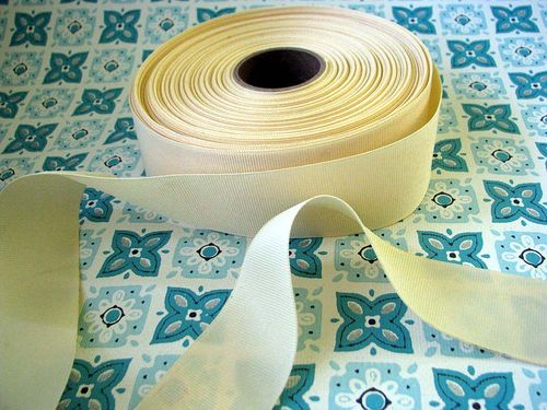 Wide Cream Grosgrain