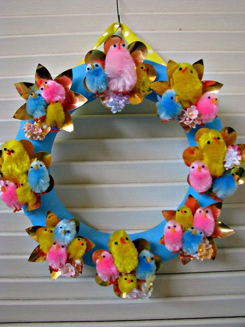 Wreath chicks 1
