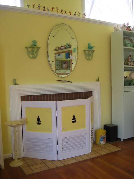 Dime Store Chic: Recycled Shutters Fireplace Screen Project