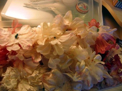 Spring_clean_millinery_flowers_open