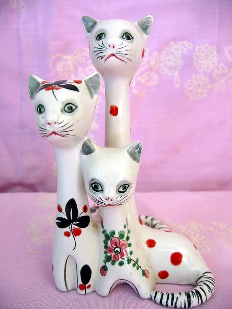 517_ys_cat_trio